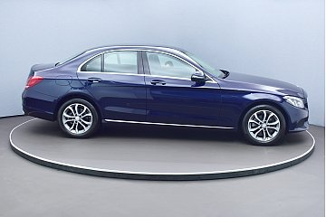 mercedes-benz-c-200-bluetec-avantgarde-6