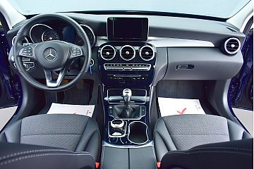 mercedes-benz-c-200-bluetec-avantgarde-18