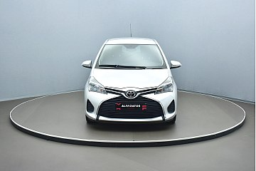 toyota-yaris-1-4-d-4d-active-plus-2